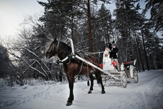 Russian wedding in winter