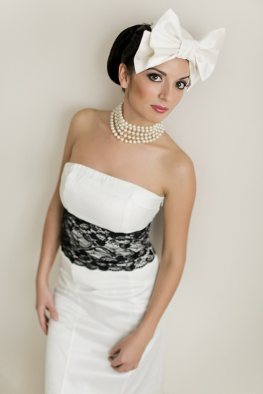 Retro 50 bridal fashion