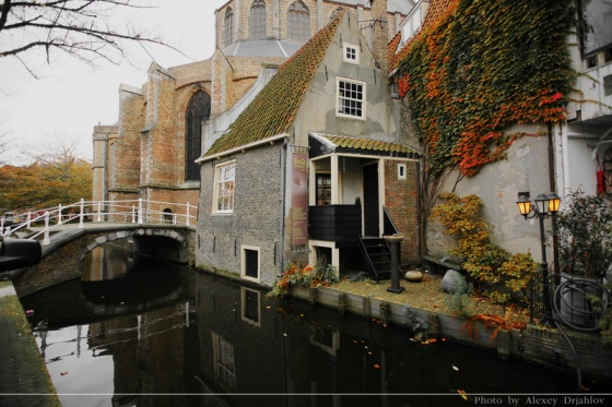 Canals of Delft. Netherlands.